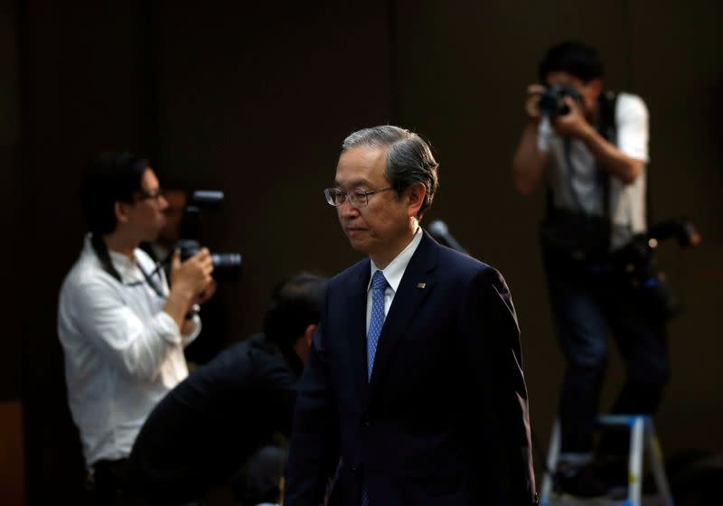 FILE PHOTO: Toshiba Corp CEO Tsunakawa attends a news conference at the company's headquarters in Tokyo