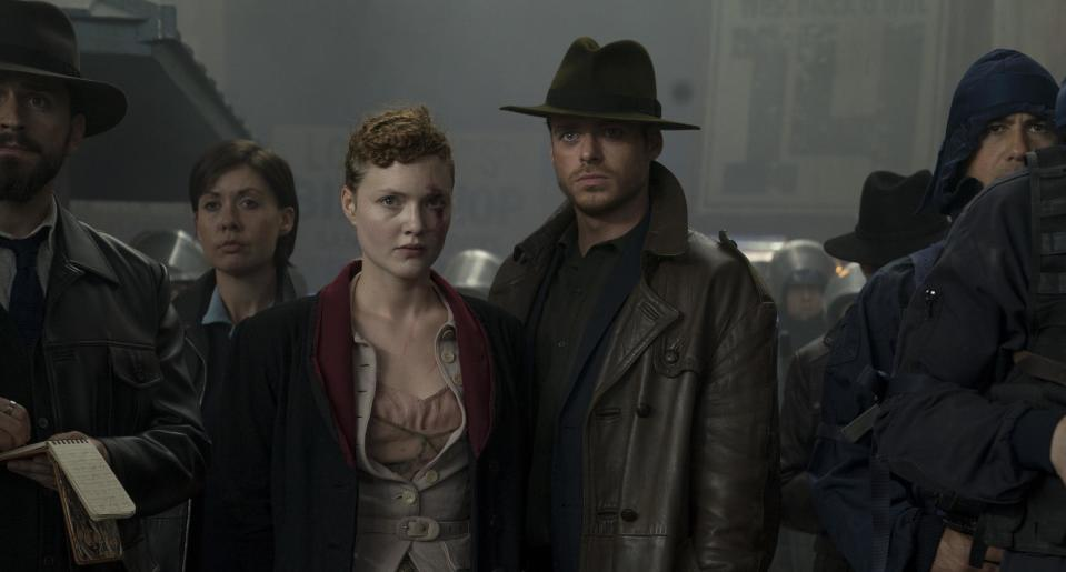 """Honor (Holliday Grainger) and Ross (Richard Madden) Philip K. Dick's Electric Dreams Episode 106 """"The Hoodmaker"""""""