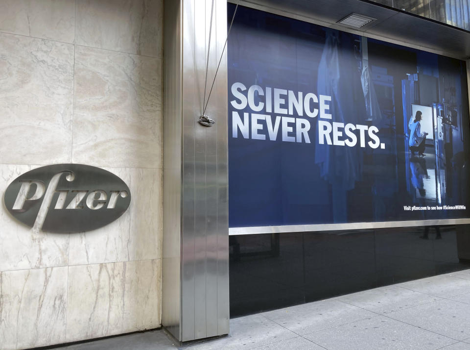 MAY 10th 2021: The United States Food and Drug Administration has authorized the Pfizer COVID-19 vaccine for use in adolescents as young as 12 years of age. - File Photo by: zz/STRF/STAR MAX/IPx 2020 12/18/20 Pfizer Inc. continues the initial rollout and worldwide distribution of the Pfizer-BioNTech COVID-19 vaccine. Here, a view of Pfizer World Headquarters in Midtown Manhattan, New York City on December 15, 2020 - with signs of phrases proclaiming that scientific breakthroughs and medical advancements will defeat coronavirus. (NYC)