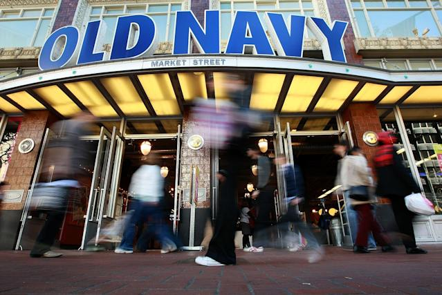 Old Navy sent a customer 40 pounds of security tags and a coupon instead of the two shirts they'd ordered. (Photo: Getty Images)
