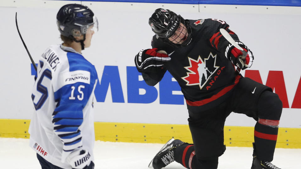 Jamie Drysdale got better as the tournament went on last year, and will play a major role if Canada defends its gold medal at the upcoming world junior championship. (AP Photo/Petr David Josek, File)