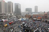 <p><em>An overall view as Nelly preforms for fans during the pregame show prior to the 2017 Bridgestone NHL Winter Classic between the St. Louis Blues and the Chicago Blackhawks at Busch Stadium on January 2, 2017 in St. Louis, Missouri. (Photo by Scott Kane/Getty Images)</em></p>