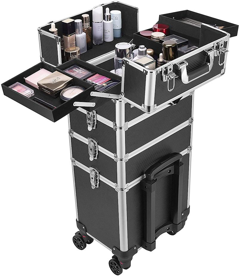 VIVOHOME 4 In 1 Rolling Makeup Train Case. (Image via Amazon)