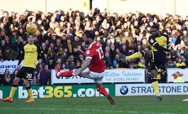 "Soccer Football - Championship - Burton Albion vs Nottingham Forest - Pirelli Stadium, Burton-on-Trent, Britain - February 17, 2018 Nottingham Forest's Daniel Fox blocks a shot from Burton's Darren Bent Action Images/Alan Walter EDITORIAL USE ONLY. No use with unauthorized audio, video, data, fixture lists, club/league logos or ""live"" services. Online in-match use limited to 75 images, no video emulation. No use in betting, games or single club/league/player publications. Please contact your account representative for further details."