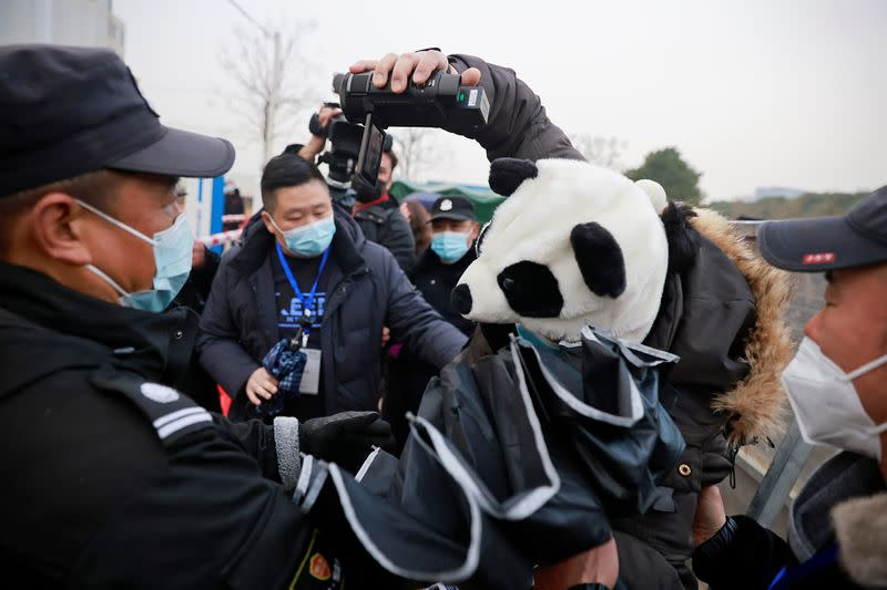 Embarek arrives with his team at Baishazhou market in Wuhan