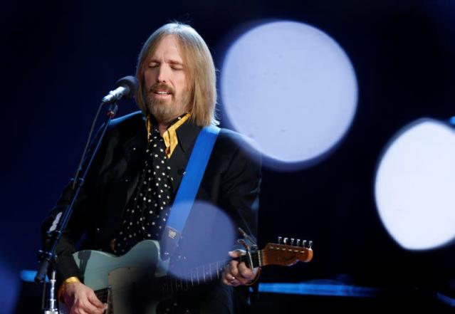 FILE PHOTO: Singer and songwriter Tom Petty performs during the half time show at Super Bowl XLII in Glendale