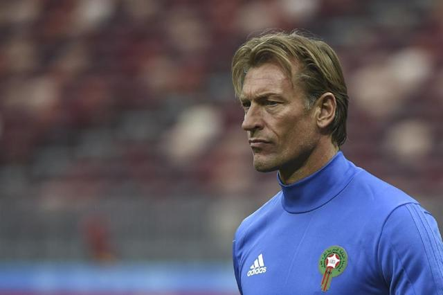 Herve Renard has a huge job on his hands to keep Morocco in the running for a place in the last 16 (AFP Photo/Fadel SENNA)