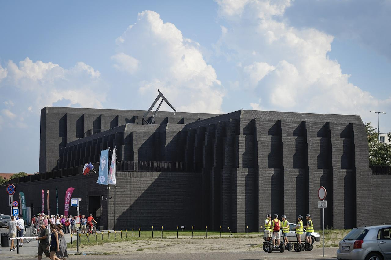 Completed in 2014 by the Italian architect Renato Rizzi for a sum of roughly $24 million, the Gdańsk Shakespeare Theatre has a menacing, all-black façade with only a few windows that are difficult to see from the street. Yet looks can be deceiving, as the interior is a beautiful venue to experience a performance.