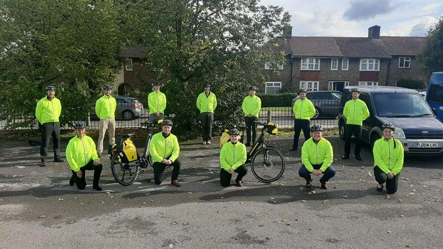 <p>Ready to roll: The paramedic e-bikers in Merton</p>LAS