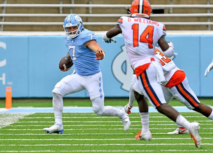CHAPEL HILL, NORTH CAROLINA - SEPTEMBER 12: Sam Howell #7 of the North Carolina Tar Heels in action against the Syracuse Orange during their game at Kenan Stadium on September 12, 2020 in Chapel Hill, North Carolina. North Carolina won 31-6. (Photo by Grant Halverson/Getty Images)