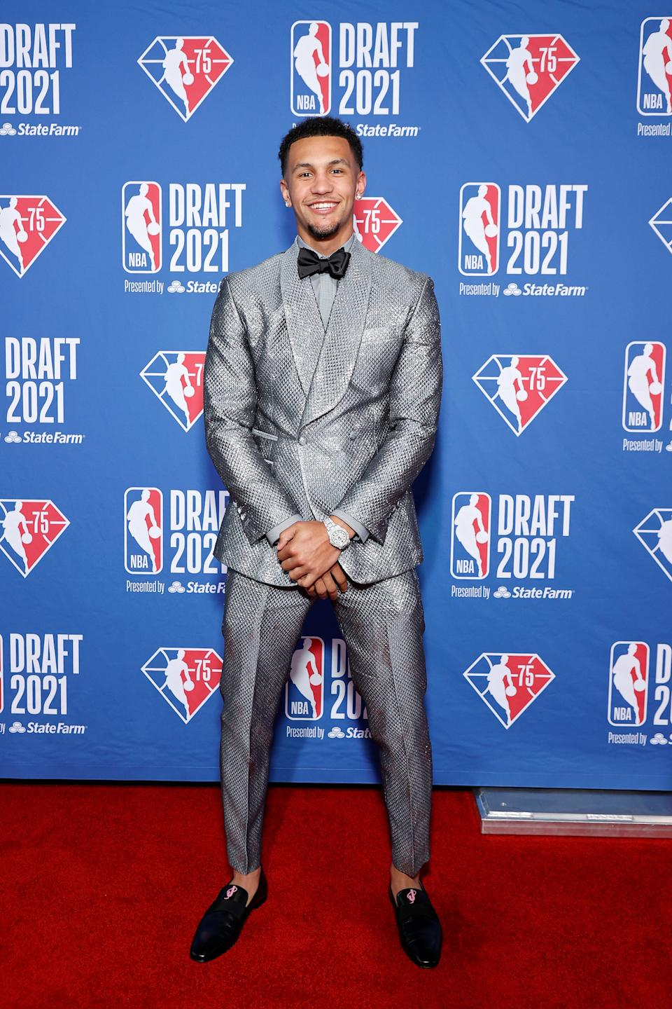Jalen Suggs poses for photos on the red carpet during the 2021 NBA draft at the Barclays Center on July 29, 2021 in New York City. (Arturo Holmes/Getty Images)