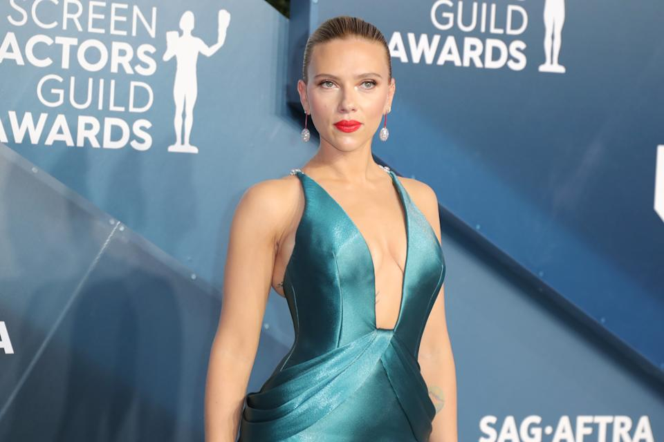 LOS ANGELES, CALIFORNIA - JANUARY 19: Scarlett Johansson attends 26th Annual Screen Actors Guild Awards at The Shrine Auditorium on January 19, 2020 in Los Angeles, California. (Photo by Leon Bennett/Getty Images)