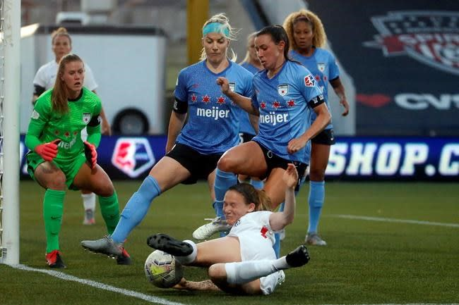 Red Stars win 4-3 on penalties after 0-0 draw with the Reign