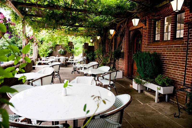Outdoor dining area of Fordwich Arms.