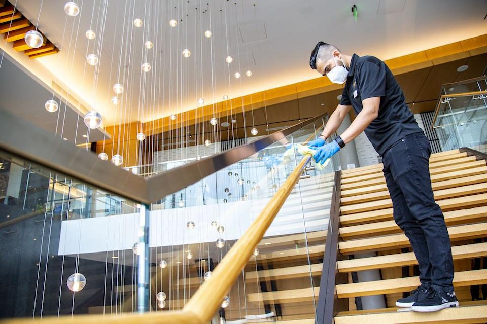 Hilton, Lysol, and the Mayo Clinic Team Up on New Cleaning Standard for Hotels
