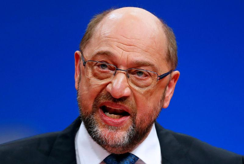 Social Democratic Party (SPD) leader Martin Schulz speaks during an SPD party convention in Berlin, Germany, December 7, 2017. REUTERS/Fabrizio Bensch