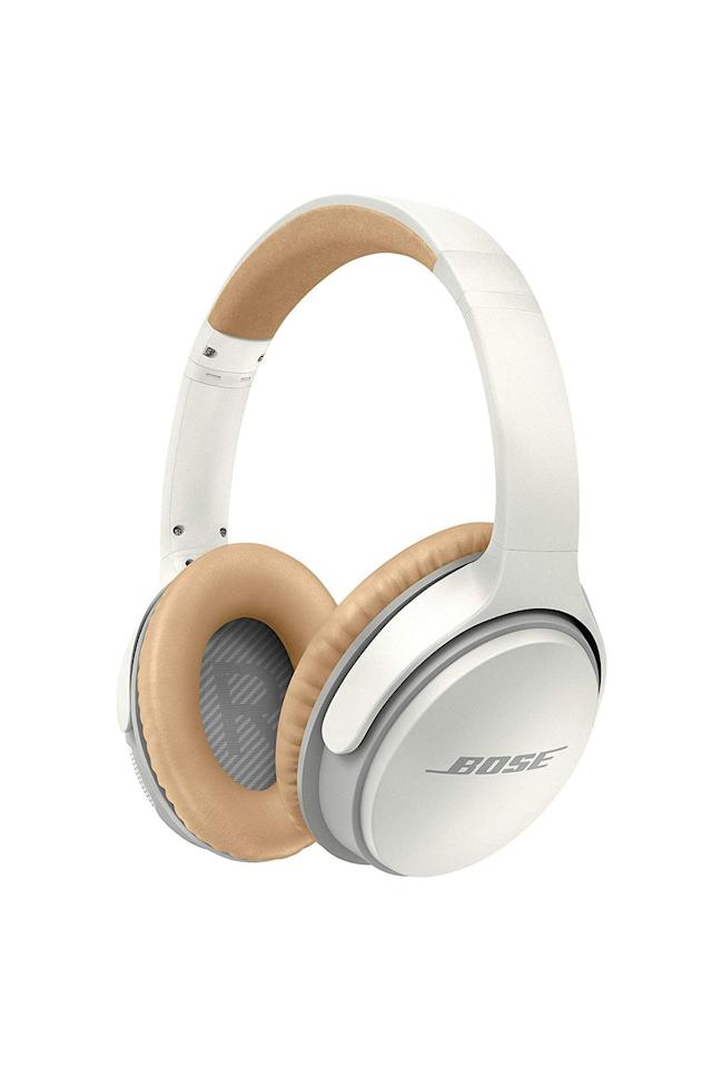 "<p><strong>Bose</strong></p><p>Amazon</p><p><strong>$229.00</strong></p><p><a href=""http://www.amazon.com/dp/B0117RGD0K/?tag=syn-yahoo-20&ascsubtag=%5Bartid%7C10058.g.28394123%5Bsrc%7Cyahoo-us"" target=""_blank"">SHOP IT</a></p>"