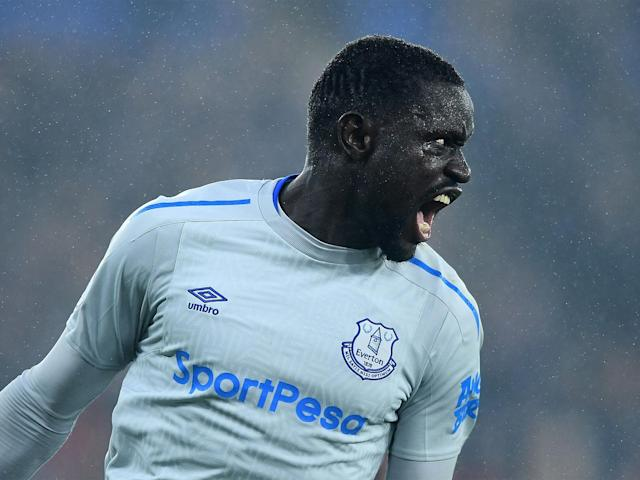 Oumar Niasse accuses former Everton manager of trying to 'destroy' his career