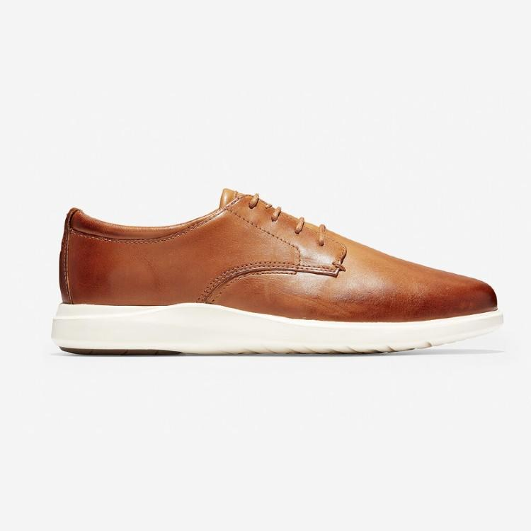 Grand Plus Essex Wedge Oxford. (Photo: Cole Haan)