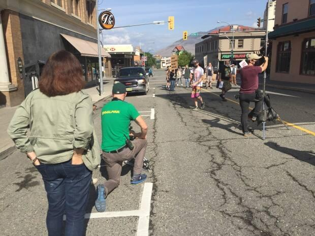 Independent filmmakers set up a scene for Outrunners in downtown Kamloops in 2020.