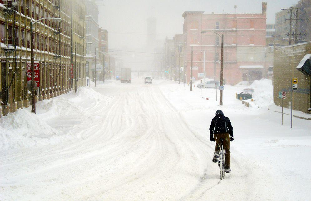 "<p>Too many cyclists hang up their bikes at the first sign of snowflakes, but they're missing out. As your body struggles to stay warm in the cold, you not only burn more calories, but your body also learns to use oxygen much more efficiently, according to research from <a href=""https://www.ncbi.nlm.nih.gov/pubmed/11124132"" target=""_blank"">Northern Arizona University</a>. Most importantly, riding around (safely) in the snow can be incredibly fun. Below, nine things you should-and shouldn't-do to make the most of your winter cycling season.</p><p><em>[Find 52 weeks of tips and motivation, with space to fill in your mileage and favorite routes, with the <a href=""https://order.hearstproducts.com/subscribe/hstproducts/238598"">Bicycling Training Journal</a>.] </em></p>"
