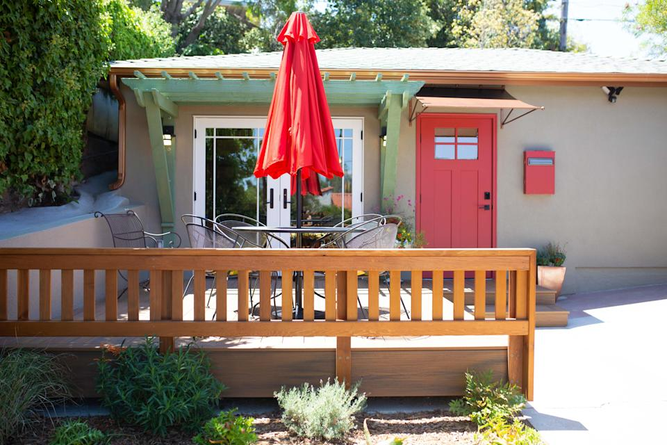 This accessory dwelling unit (ADU) is a 600-square-foot one-bedroom built by Maxable in La Mesa, California.