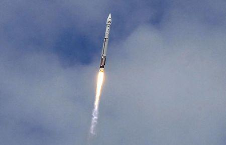 An Atlas 5 United Launch Alliance rocket lifts off from the Cape Canaveral Air Force Station carrying NASA's Mars Atmosphere and Volatile Evolution (MAVEN) spacecraft in Cape Canaveral, Florida November 18, 2013. REUTERS/Joe Skipper