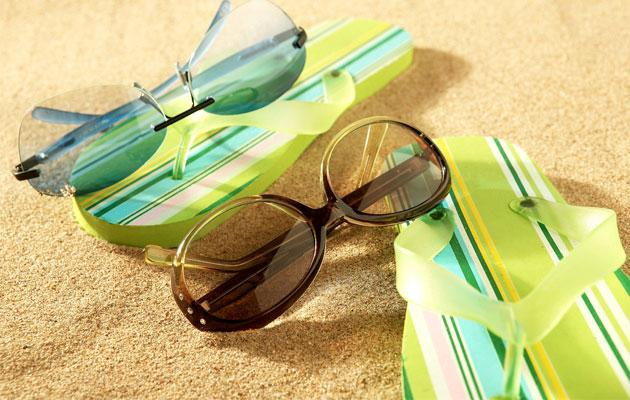You should always buy sunglasses with good UV protection (Thinkstock photo).