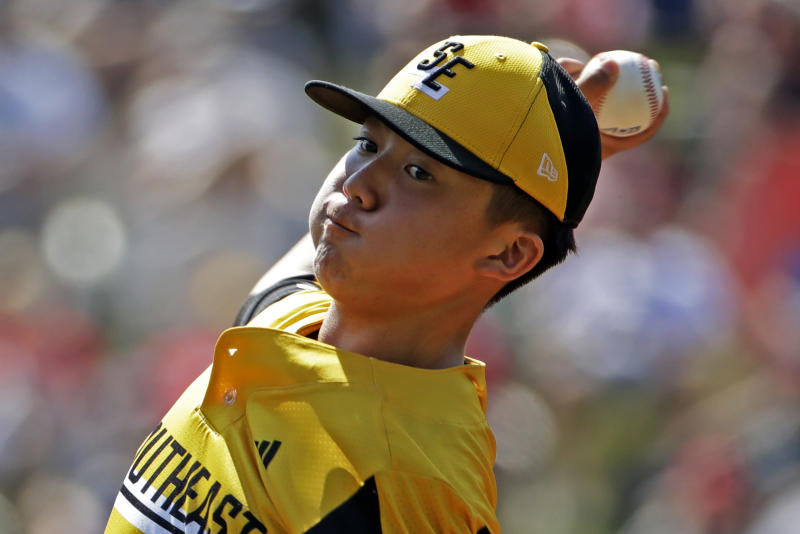 Little League: Managers work to limit pitches by aces