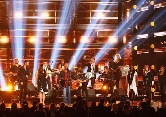 <p>Charles Kelley, Hillary Scott, Darius Rucker, Dave Haywood, and Keith Urban perform onstage at the 51st annual CMA Awards at the Bridgestone Arena on November 8, 2017 in Nashville, Tennessee. (Photo by Terry Wyatt/FilmMagic) </p>