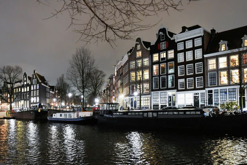 Dutch Government Races For Plan B To Uphold Nighttime Coronavirus Curfew