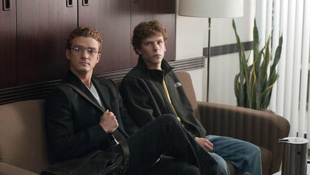 <p> The Social Network recounts the events that set in motion the creation of Facebook, and exposes Mark Zuckerberg's supposedly underhand drive to succeed. Jesse Eisenberg stepped up to play the socially awkward and geeky billionaire opposite a young Hollywood cast including Justin Timberlake, Armie Hammer and Andrew Garfield. David Fincher's shrewd portrayal of the billionaire won three Oscars. </p>
