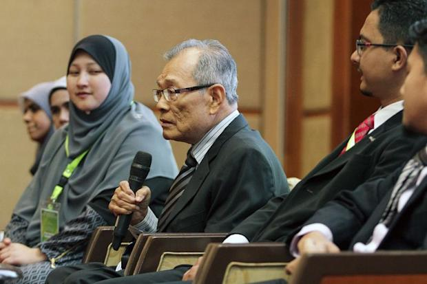 Datuk Dr Abdul Halim Ismail speaks to the media during a press conference after the 'Seminar On Zakat, Waqf And Sadaqa 2017' in Kuala Lumpur April 19, 2017.