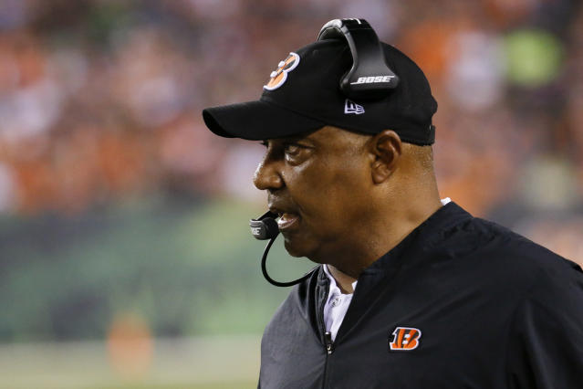 Cincinnati Bengals head coach Marvin Lewis works the sideline in the second half of an NFL football game against the Baltimore Ravens, Thursday, Sept. 13, 2018, in Cincinnati. (AP Photo/Frank Victores)