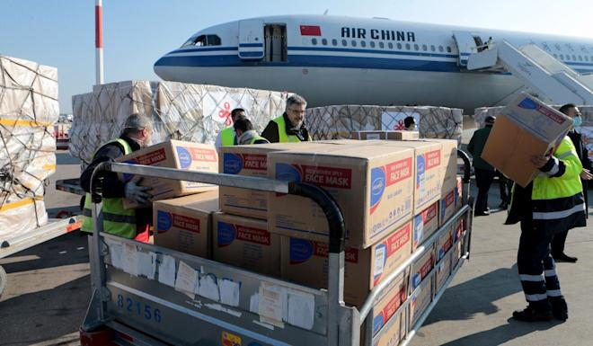 Medical supplies donated by China are unloaded in Athens. Photo: EPA-EFE