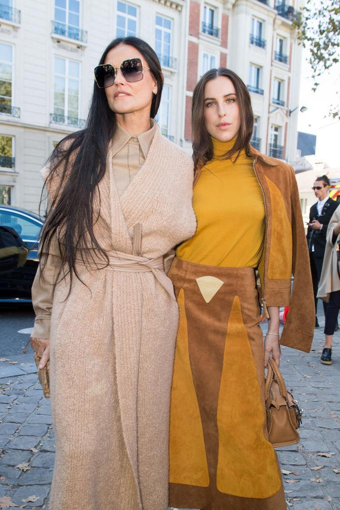 Demi Moore and Scout Willis attend the Chloe Womenswear Spring/Summer 2022 and channel all the 70s vibes. (Getty Images)