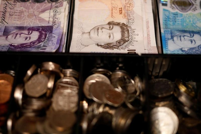 British Public Debt Tops 2 Trillion Pounds for First Time Due to Covid-19