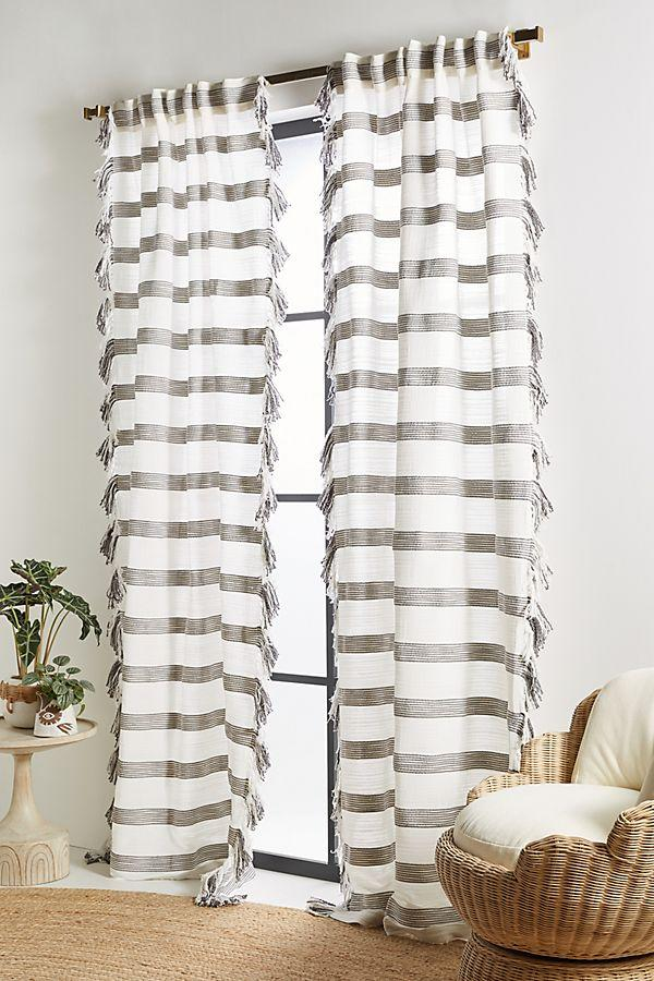 Liyat Curtain