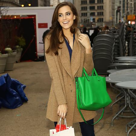 Allison Williams' dad reluctant to give career advice