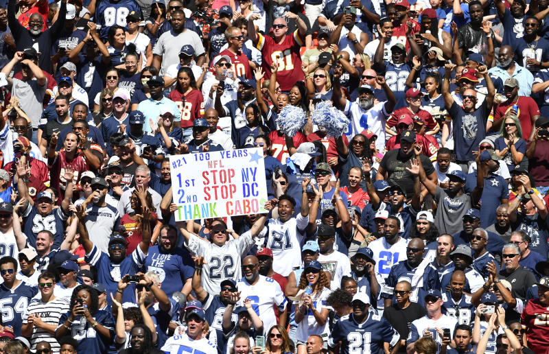 Both Cowboys and Redskins fans tuned in on Sunday afternoon. (Getty)