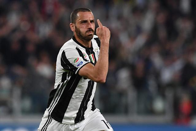 "<a class=""link rapid-noclick-resp"" href=""/soccer/teams/juventus/"" data-ylk=""slk:Juventus"">Juventus</a>' <a class=""link rapid-noclick-resp"" href=""/soccer/players/leonardo-bonucci/"" data-ylk=""slk:Leonardo Bonucci"">Leonardo Bonucci</a> is on the brink of joining AC Milan. Silly season is in full effect. (Getty)"