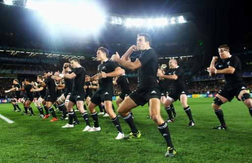 Tributes pour in for All Blacks great Colin Meads
