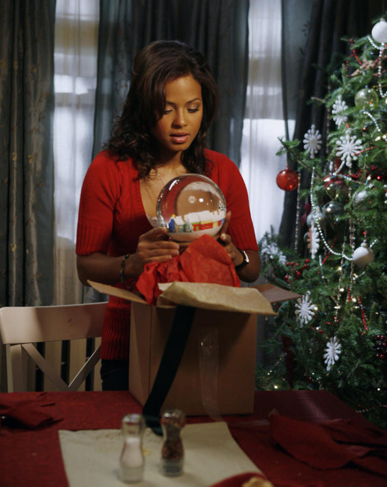 """Snowglobe"" on ABC Family  Saturday, 12/1 at midnight Friday, 12/21 at 11am"