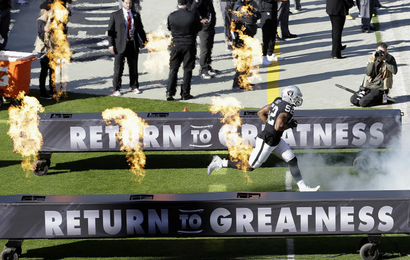 Khalil Mack is expected to land a contract that will make him one of the highest-paid defensive players in the NFL. (AP)