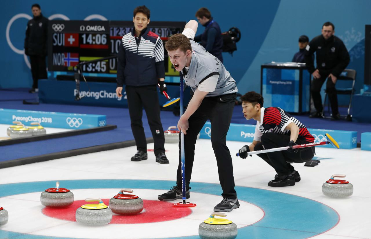 Curling - Pyeongchang 2018 Winter Olympics - Men's Round Robin - South Korea v Britain - Gangneung Curling Center - Gangneung, South Korea - February 17, 2018 - Thomas Muirhead of Britain. REUTERS/Cathal McNaughton