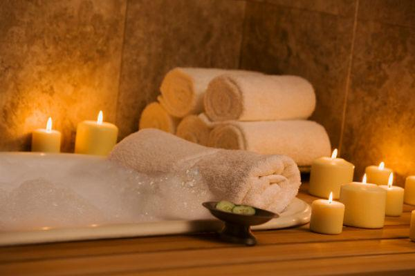 <b>5. Book a spa session</b><br><br>This spa time is not only meant to relax your muscles but is meant to help build an ambience of relaxation and calm togetherness. As you leave your worries behind, one oil massage at a time, hold hands and look deep into one another's eyes and enjoy the bliss.