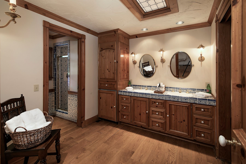 One of the many bathrooms at Neverland Ranch has his and her sinks. (Photo: Compass)
