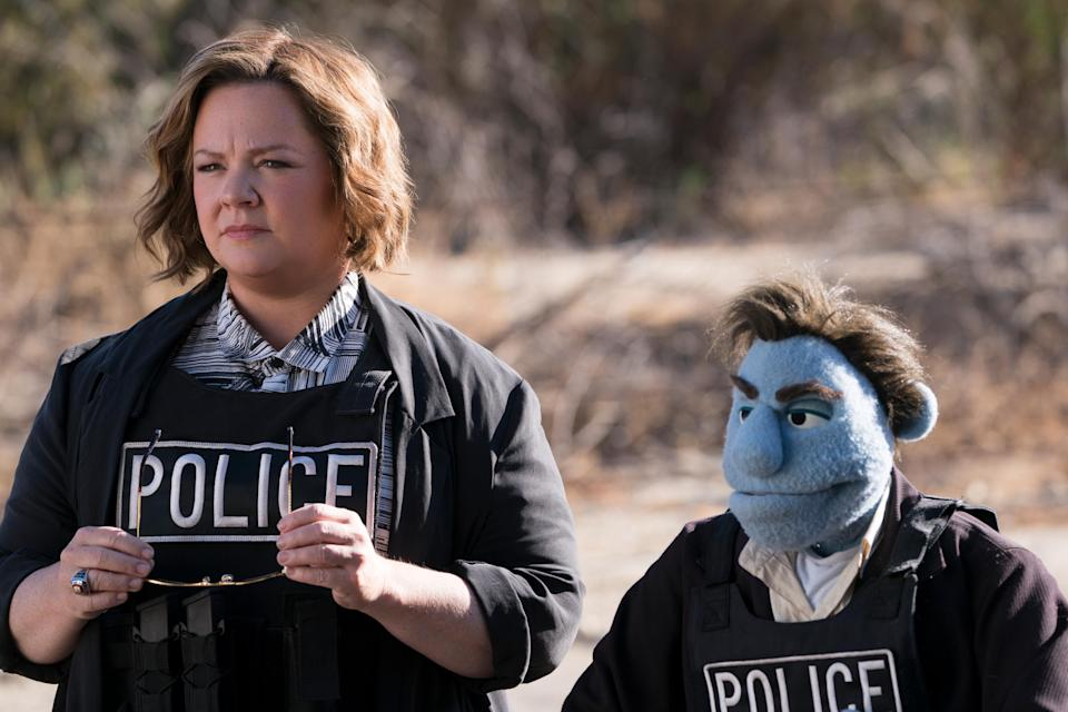 Melissa McCarthy with puppet co-star Phil Phillips (performed by Bill Barretta) in 'The Happytime Murders' (Photo: Hopper Stone / STX Entertainment /Everett Collection)
