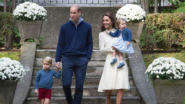 PHOTO: Britain's Prince William, Catherine, Duchess of Cambridge and their children Princess Charlotte and Prince George attend a party at Government House in Victoria, Canada, Sept. 29, 2016. (EPA)