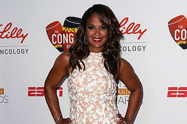Laila Ali Hosts the Sports Humanitarian of the Year Awards, Honors Her Father Muhammad Ali